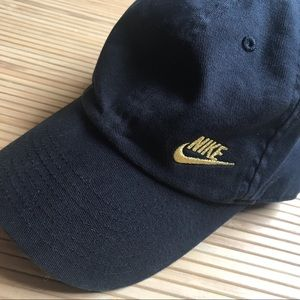 Women's Nike Black/Gold Hat